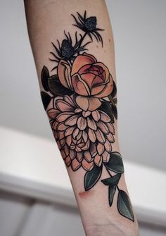 40 Cool Neo Traditional Tattoo Designs For Your Next Tattoo - Tattoos Traditional Mandala Tattoo, Traditional Tattoo Woman, Traditional Tattoo Design, Traditional Flower Tattoos, Traditional Tattoo Sleeves, Flower Tattoo Designs, Tattoo Designs For Women, Colorful Flower Tattoo, Trendy Tattoos