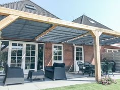 Pergola Terrasse Etage - Rusted Steel Pergola - Pergola Bioclimatique En Angle - - Pergola Deck Attached To House - Pergola Patio Dining Vinyl Pergola, Cedar Pergola, Pergola Carport, Retractable Pergola, Steel Pergola, Building A Pergola, Gazebo, Corner Pergola, Pergola Canopy