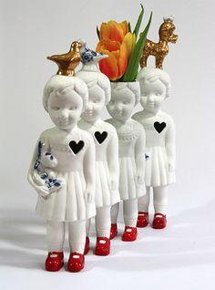 Lammers en Lammers porcelain Clonette doll vases | fuori mercato
