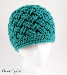 free crochet beanie hat pattern for adults Crochet Adult Hat, Bonnet Crochet, Crochet Beanie Pattern, Crochet Cap, Crochet Gifts, Crochet Scarves, Crochet Stitches, Crochet Patterns, Crocheted Hats