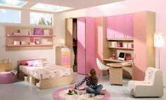 Chambre ado fille avec des meubles pratiques