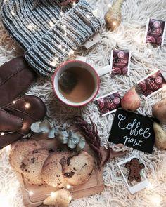 Kawa czy herbata? Dzień dobry w słoneczny niedzielny poranek #morning #teekanne #teatime #coffeetime #tea #cookies #homemade