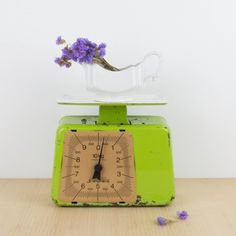 Báscula Stube verde antigua | Antic&Chic