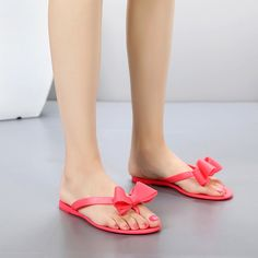 218f98f23c17b Aliexpress.com   Buy New Fashion Female Flip Flops with Flat Bow Jelly Shoes  Toe Sandals Shoes Plastic Slippers Sandals from Reliable fashion slippers  ...