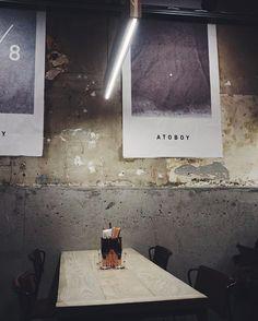 Dagen i New York sluttes af med middag på den cool restaurant Atoboy  #ELLEiNewYork #modeuge #elledk  via ELLE DENMARK MAGAZINE OFFICIAL INSTAGRAM - Fashion Campaigns  Haute Couture  Advertising  Editorial Photography  Magazine Cover Designs  Supermodels  Runway Models