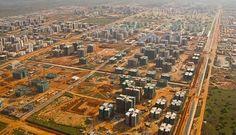 Nova Cidade de Kalimba è solo una delle tante città fantasma che la Cina sta costruendo in tutto l'Angola e in tutto il continente africano. Ecco perchè Nonostante l'enorme quantità di appartamenti…