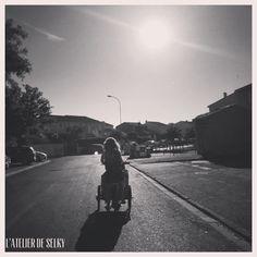 Selky a eu la chance de conduire un vélo triporteur Babboe pendant une semaine. Merci à MVelo, le spécialiste du vélo électrique sur Montpellier.