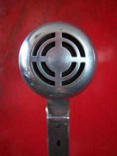 Vintage 1940'S Electro Voice 645 Classic EV target grille.