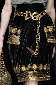 Dolce &GabbanaFall2006 Runway Details