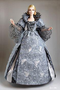 Prego: Numina Emry as Peau d'Ane, the Moon Colored Dress final version