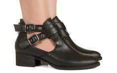 Cut out preto com fivelas Taquilla - Taquilla - Loja online de sapatos femininos