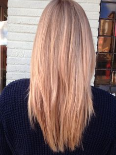 Champagne blonde. Light rose gold blonde. Balayage blonde. Natural highlights. Golden warm blonde. Iridescent blonde. *Heavy balayage then applied Lou color p02 + dot of 7.40 + dot of 4.20+ dot of 4.65 25 vol devel. 5 min @ bowl root to ends. For a more intense color leave on for 10-20 min.