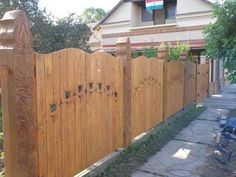 Barbecue Garden, Fence Gate, Fences, Wood Doors, How Beautiful, Countryside, Woodworking, Outdoor Structures, Outdoor Decor