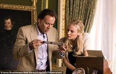 """Diane Kruger and Nicolas Cage portray the characters of Dr Abigail Chase and Benjamin Gates respectively in the movie """"National Treasure"""". Pro Trump, Nickolas Cage, Movie List, Movie Tv, National Treasure Movie, Travel Movies, Romance, Chick Flicks, The Secret Book"""