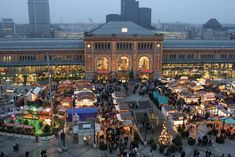 Hannover: train station and Christmas market [Credit: Courtesy, Hannover Tourismus GmbH]