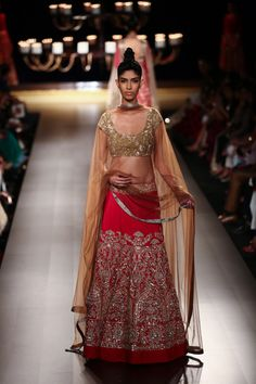 Lengha by Manish Malhotra at ICW 2014