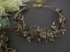 いいね!75件、コメント9件 ― Allasille wedding jewelleryさん(@allasille_jewels)のInstagramアカウント: 「Inspired by nature. Handmade bridalantique style head piece ❤ Made of Toho glass beads, metal…」
