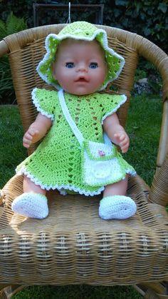 Zomersetje voor babyborm Knitting Dolls Clothes, Crochet Doll Clothes, Knitted Dolls, Doll Clothes Patterns, Crochet Dolls, Doll Patterns, Baby Born Clothes, Bitty Baby Clothes, American Girl Clothes