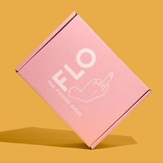 FLO deserves a standing ovulation for their straight to the point custom packaging. Custom Mailer Boxes, Custom Packaging Boxes, Custom Boxes, Packaging Design Inspiration, Graphic Design Inspiration, Carton Design, Fashion Packaging, Design Your Own, Branding Design