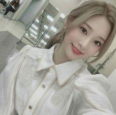 Yuri, Eyes On Me, Forever Girl, Uzzlang Girl, Japanese Girl Group, Girl Inspiration, Kim Min, The Wiz, Korean Girl Groups