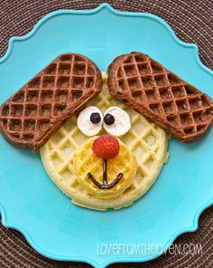 Fun With Waffles so cute for kids breakfast!