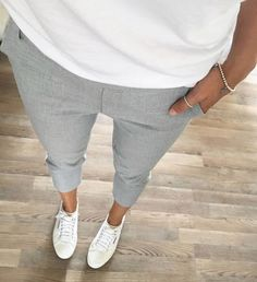 Never go wrong with basics 👌🏻  Click link in bio for shopping this outfit 🔝