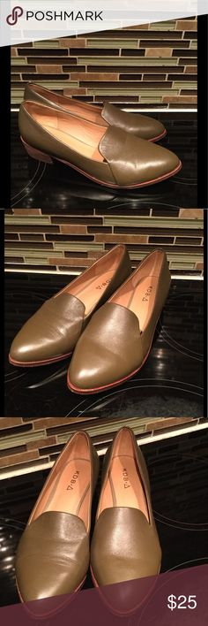 Kelsi Dagger Olive Shoes Size 7 Pre Owned Still a lot of wear left in them . The tops look new . Leather . Size 7 Kelsi Dagger Shoes Flats & Loafers