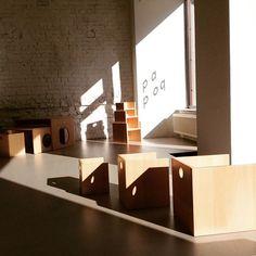 sonnige Montagsgrüße aus dem papoq headquarter #mondaypoq #showroom #spielmöbel #eylauerstraße #baukind