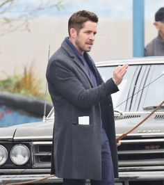 Robin Hood on Once Upon a Time Set November 2016 Will Scarlet, Robin And Regina, Sean Maguire, Ouat Cast, I Love Him, My Love, Character Base, Outlaw Queen, Colin O'donoghue
