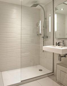 Trendy bathroom small ideas remodel walk in shower tile Ideas Bathroom Layout, Modern Bathroom Design, Bathroom Interior Design, Bathroom Ideas, Washroom Design, Vanity Design, Bathroom Tile Designs, Shower Designs, Bathroom Cabinets