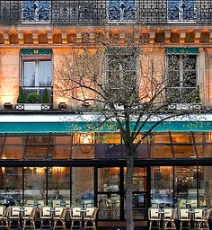 Cafe Deux Magots, Paris, in winter.  Photo by Rita Crane Photography via Bonjour Paris newsletter.