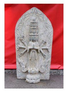 Gigantische Buddha Statue- Chenrezi -