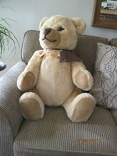 0233-80-Petsy-Steiff-Bear-Original-Owner-Bought-in-West-Germany-in-1986