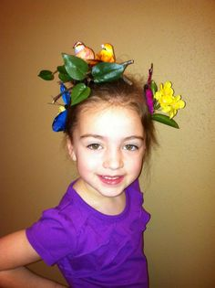 75 kids who absolutely destroyed classmates on crazy hair day Creative Hairstyles, Hairstyles With Bangs, Girl Hairstyles, Crazy Hair Days, Bridal Hair Updo, Colored Highlights, Hair Hacks, Her Hair, Hair Color