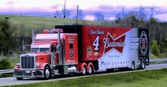 Peterbilt custom 379 Nascar Trucks, Bagged Trucks, Show Trucks, Big Rig Trucks, Custom Big Rigs, Custom Trucks, 6x6 Truck, Peterbilt Trucks, Custom Peterbilt