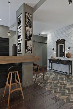 Outstanding Small Apartments Design Ideas With Futuristic Columns Decor, Interior Columns, Granito Dallas, Decorating Your Home, Diy Home Decor, Home Interior, Interior Design, Corridor Design, Modern Apartment Design