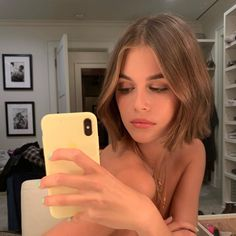 Kaia Gerber is chic in leather and a Queen tee as she stroll.-Kaia Gerber is chic in leather and a Queen tee as she strolls in NYC New hair don& care: Gerber has clearly been enjoying her relatively new shorter haircut, … - New Short Haircuts, Short Hair Cuts, Short Hair Blowout, Hairstyle Short Hair, Haircut Short, Bridal Hairstyle, Wedding Hairstyles, New Hair, Your Hair