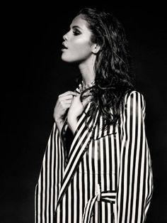 Selena Gomez - Photoshoot By Aris Jerome : Global Celebrtities (F) - FunFunky.com