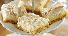 You are going to love this Luscious Lemon Coconut Meringue Slice and we have an easy video tutorial to show you how. This is beyond delicious. Apple Pie Recipes, Coconut Recipes, Lemon Recipes, Easy Cake Recipes, Sweet Recipes, Dessert Recipes, Yummy Recipes, Coconut Slice, Lemon Coconut