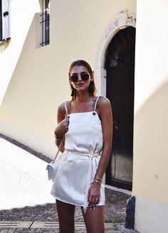 GOLDEN HOUR   aenymblaze Golden Hour, Street Style, Dresses, Fashion, Happy Sunday, Vestidos, Moda, Urban Style, Fashion Styles