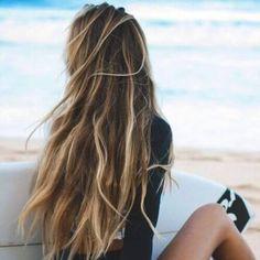 Honey Brown Hair with Blonde Highlights brown hair with blonde highlights Box Braids Hairstyles, Summer Hairstyles, Brown Hair With Blonde Highlights, Hair Highlights, Surfer Girl Hair, Honey Brown Hair, Brown Beach Hair, Beach Blonde Hair, Ombré Hair