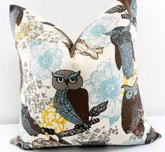 Brown Pillow cover. Owl  Print  Sofa Pillow cover. Brown Owl.