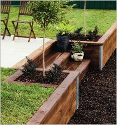 Backyard Landscaping Ideas - Yard landscape design designs could give us with a private refuge. Utilize our innovative concepts to boost the capability of your backyard. Wood Retaining Wall, Backyard Retaining Walls, Sleeper Retaining Wall, Retaining Wall Gardens, Retaining Wall With Steps, Retaining Wall Design, Concrete Backyard, Concrete Stairs, Wood Stairs