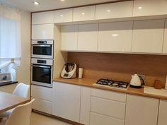 Kitchen Decor, Kitchen Cabinet Design, Home Decor Kitchen, Interior Kitchen Small, Kitchen Room Design, Kitchen Interior, Home Kitchens, Kitchen Remodel, Kitchen Decor Modern