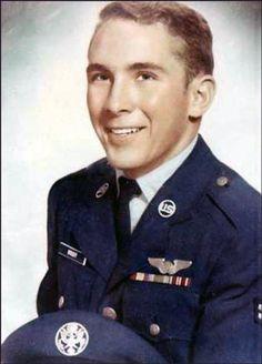 Virtual Vietnam Veterans Wall of Faces | WALTER C WRIGHT | AIR FORCE
