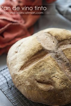 pan de vino tinto - red wine bread