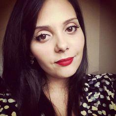 ... claudinhastoco.com/tutorial-de-maquiagem-delineador-e-batom-vermelho