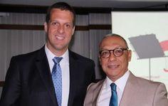 O Clube dos Seguradores da Bahia seguindo seu planejamento estratégico receberá o Presidente da Seguradora Travelers Seguros Brasil,  o Dr.  Leonardo Semenovitch em seu Almoço de Negóciosno dia