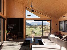 Sunny and comfortable living area. Photo: David Straight