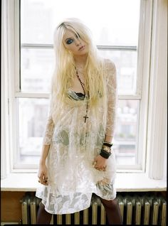 Taylor Momsen. The Pretty Reckless